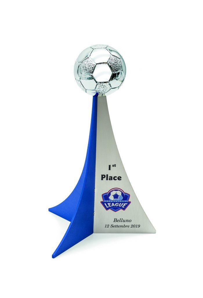Trofeo con lamine in metallo argentato e blu